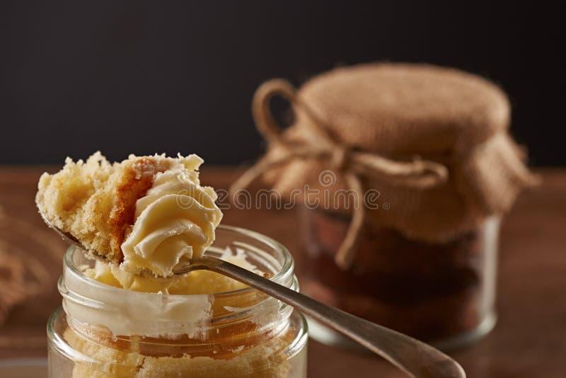 Heerlijke eigengemaakte kruikcakes stock fotografie