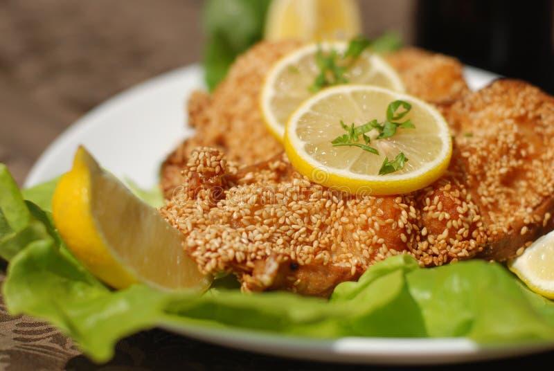 Heerlijke katvis escalope stock foto