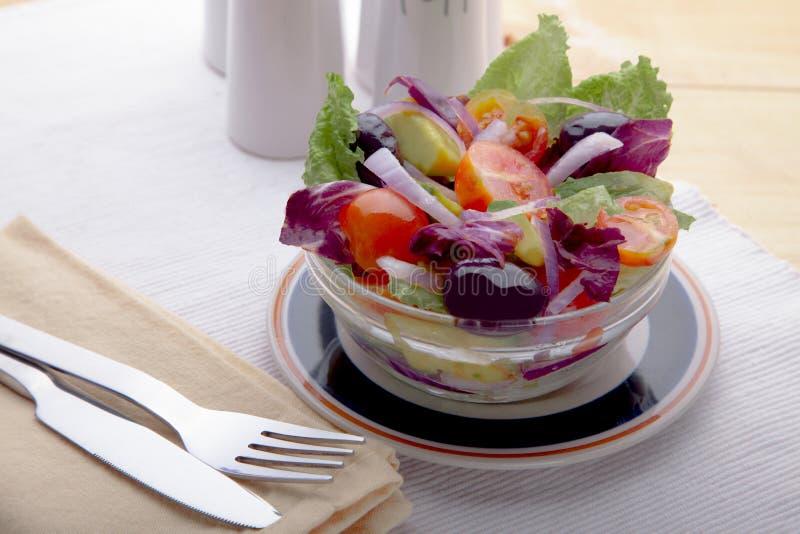 Heerlijke plantaardige salade stock foto's