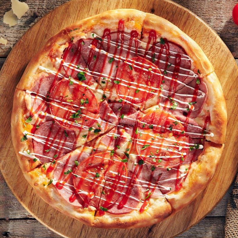 Heerlijke verse pizza stock afbeelding