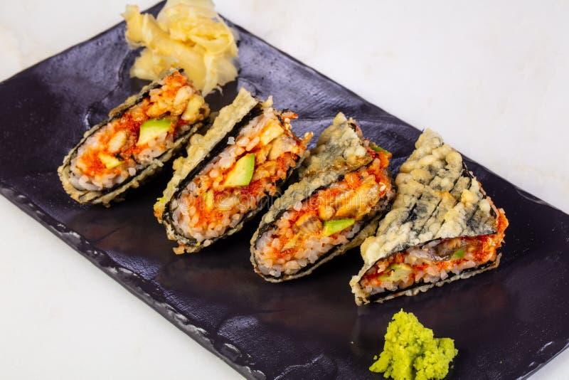 Heet broodje met paling royalty-vrije stock afbeelding