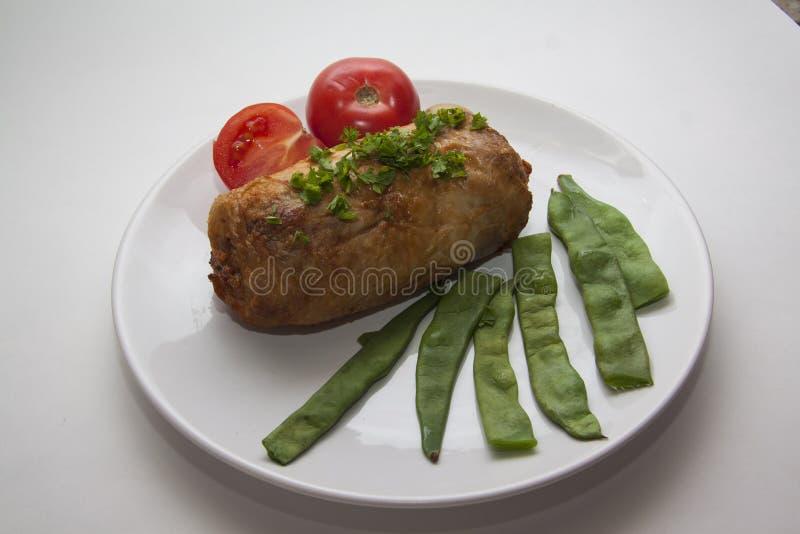 Heet gevuld kippenbroodje stock foto's