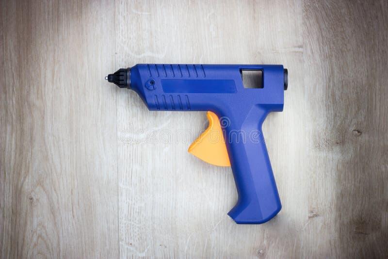 Heiß-Schmelzgewehr Bau und handcraft Werkzeuge Abschluss oben stockbild