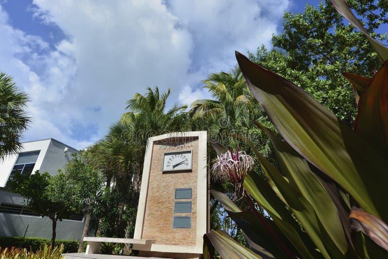 Heißer Tag im Miami Beach lizenzfreie stockfotografie