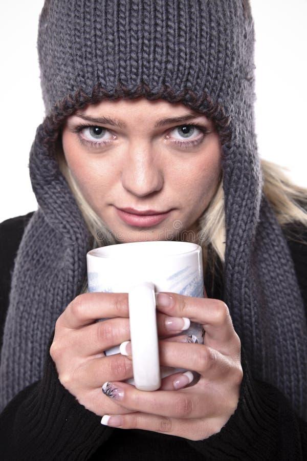 Heißes Getränk für Winter-Kälte stockbilder