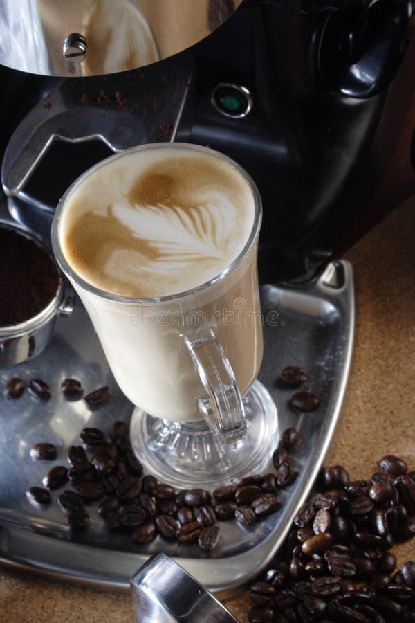 Heißes latte lizenzfreie stockfotos