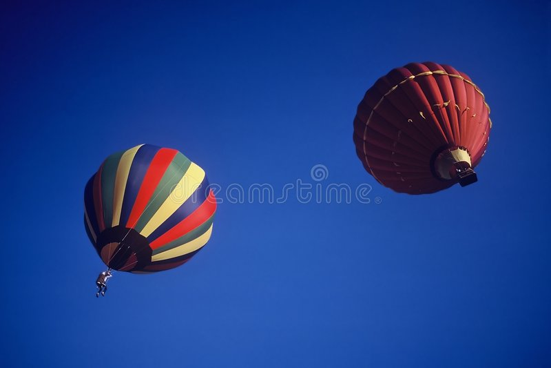 Download Heißluft-Ballon stockfoto. Bild von flugwesen, unterhaltung - 46686
