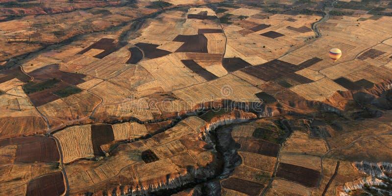 Heißluftballon in Anatolien, die Türkei lizenzfreies stockbild