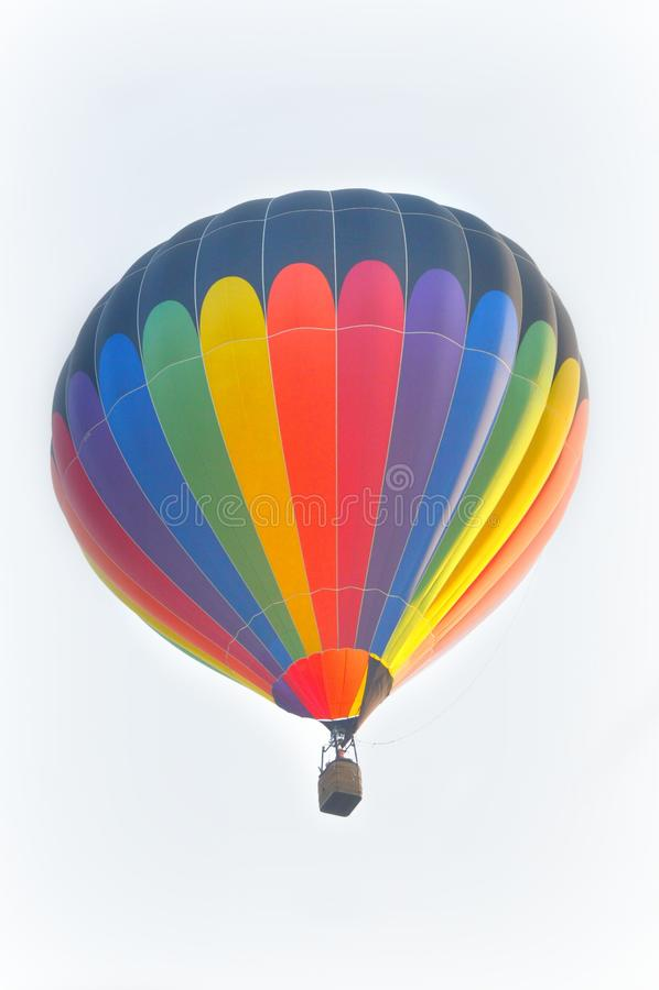Heißluftballon des Regenbogens lizenzfreie stockfotos