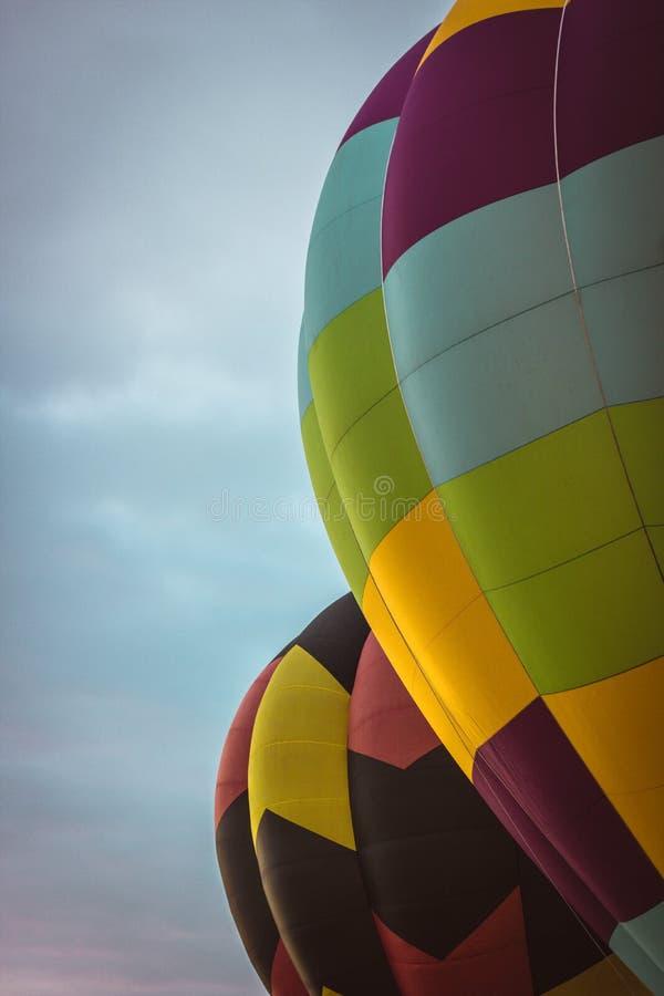 Heißluftballonzeigung in Neuseeland stockfotografie