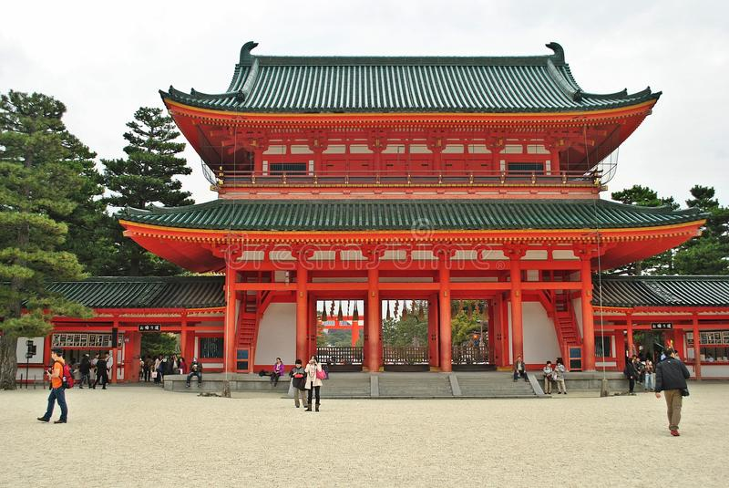 Heian relikskrin maingate i Kyoto, Japan arkivfoton
