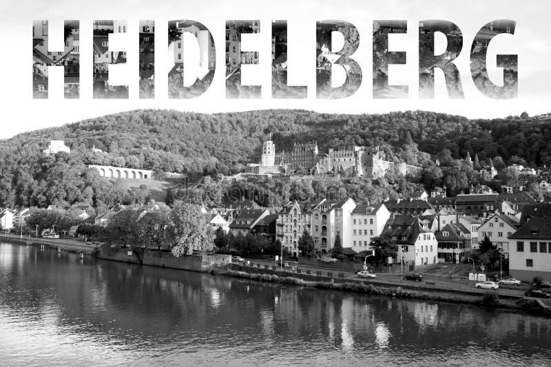 Heidelberg som märker i svartvitt arkivfoto