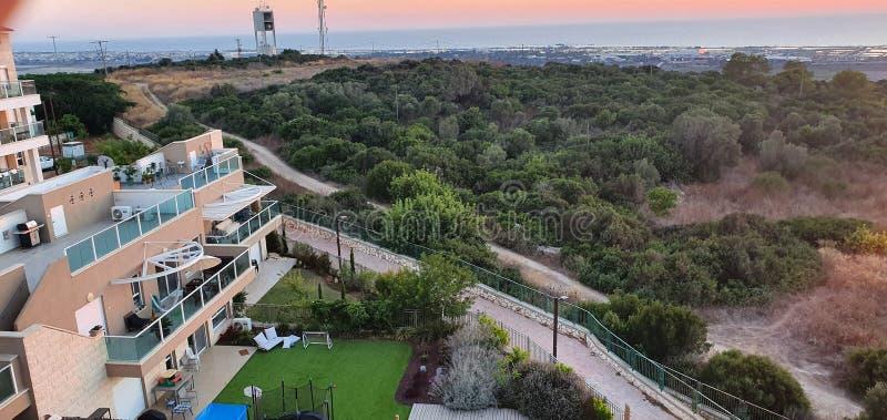 Heighbourhood на горе carmel, лето резервирования, Израиль стоковое фото