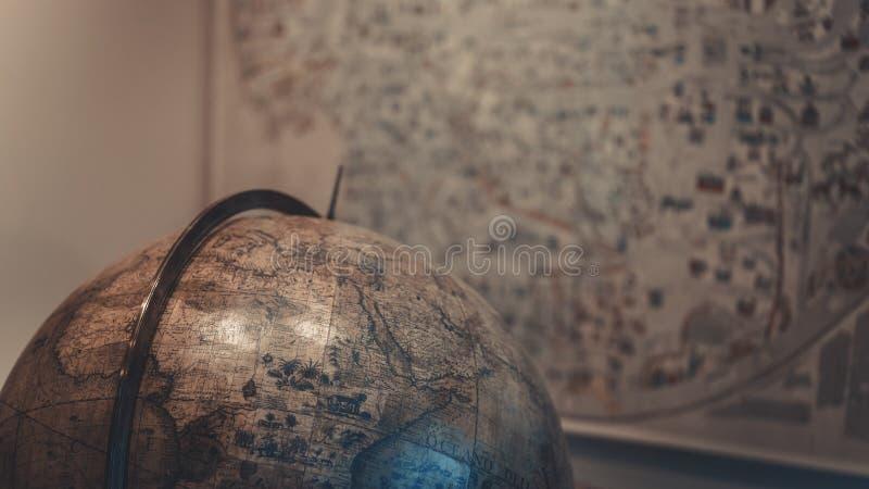 Heilen Sie die Welt; Kugel-Modell stockfotos