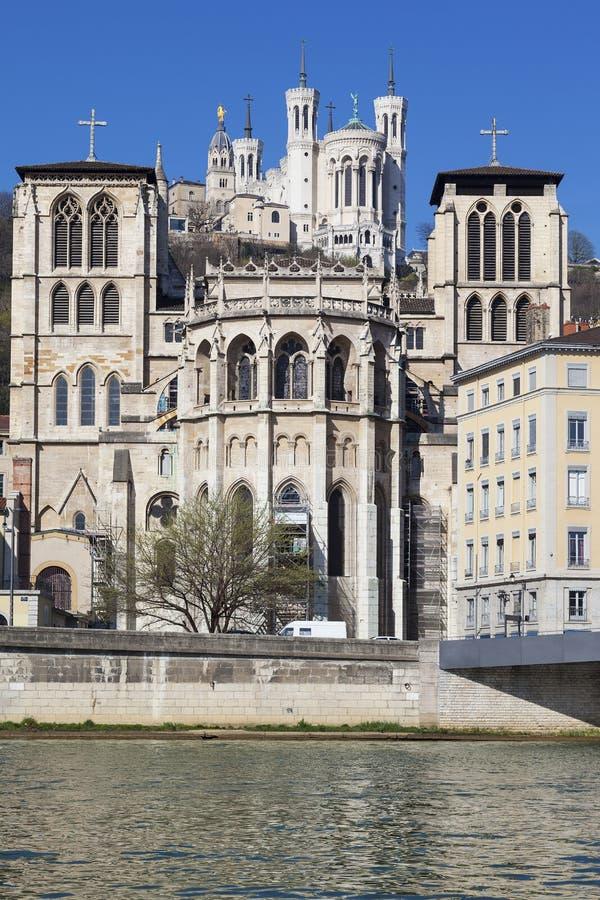 Heilig-Jean-cathedrale und Basilika Notre Dame de Fourviere lizenzfreies stockbild