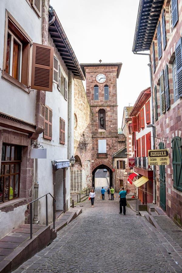 Heilig-Jean-Gescheckt-De-Hafen Streetscape in Frankreich stockfotos