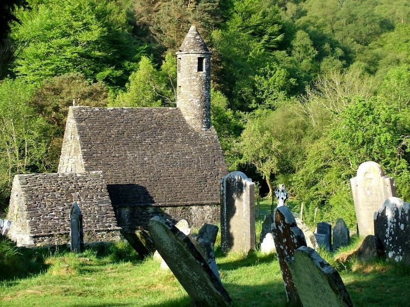 Heilig-Kevin-` s Kirche bei Glendalough stockfotos