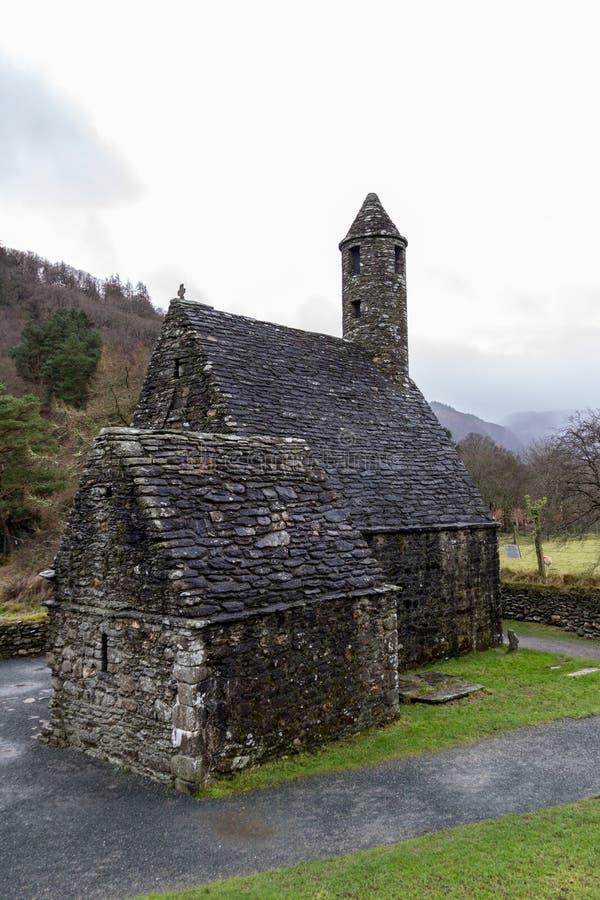 Heilig-Kevins Küche am klösterlichen Standort Glendalough in Wicklow, Irland lizenzfreies stockfoto
