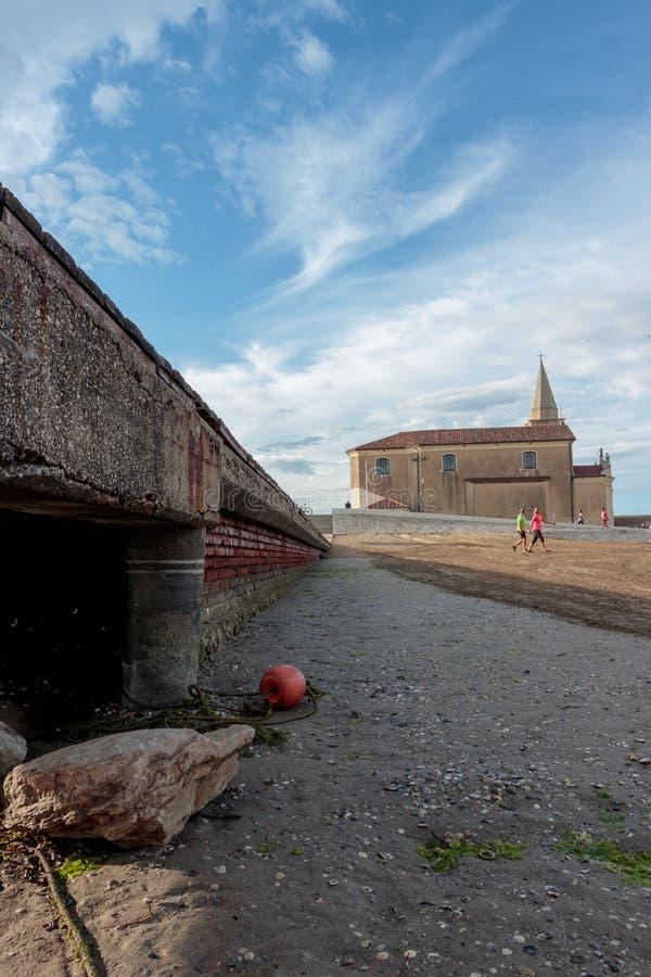 Heiligdom van Madonnadell 'Angelo Caorle stock fotografie