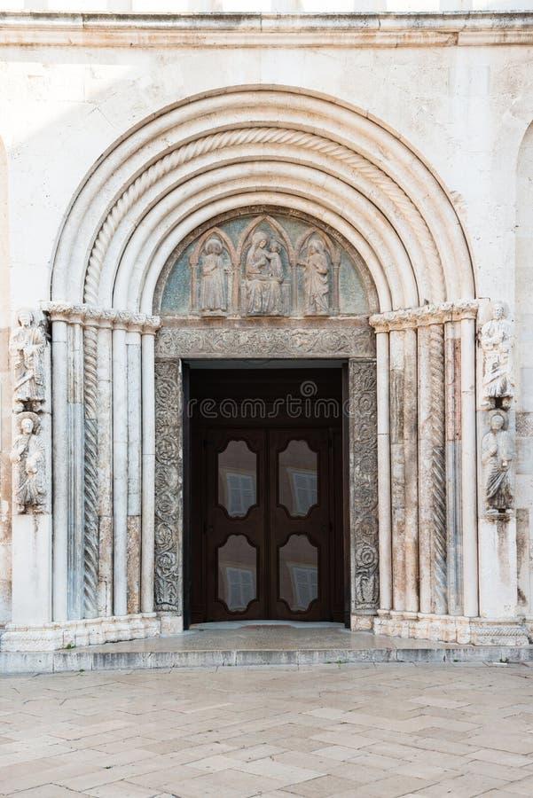 Heilige Anastasia Cathedral, Zadar, Kroatië stock foto's