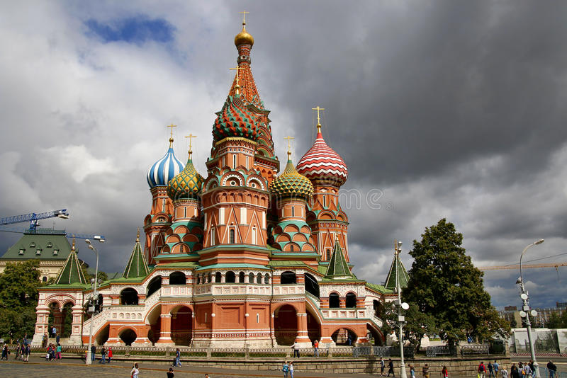 Heilige Basil Cathedral bij Rood Vierkant, Moskou het Kremlin, Rusland royalty-vrije stock afbeelding