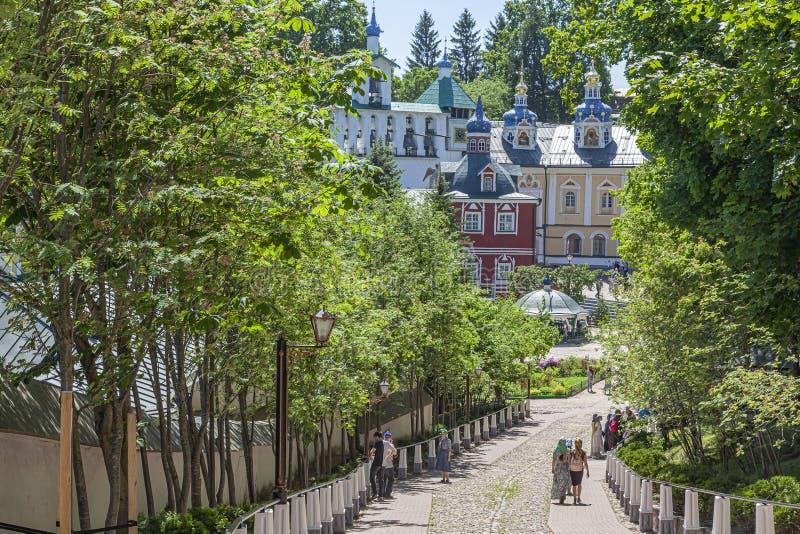 Heilige Dormition Pskovo-Pechersky Kloster Pskov-Höhlen Kloster Abstieg vom blutigen Pfad stockbild