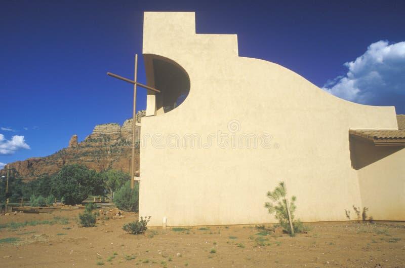 Heilige Dwars Katholieke die Kapel, door Frank L wordt geïnspireerd Wright in Sedona Arizona stock afbeelding