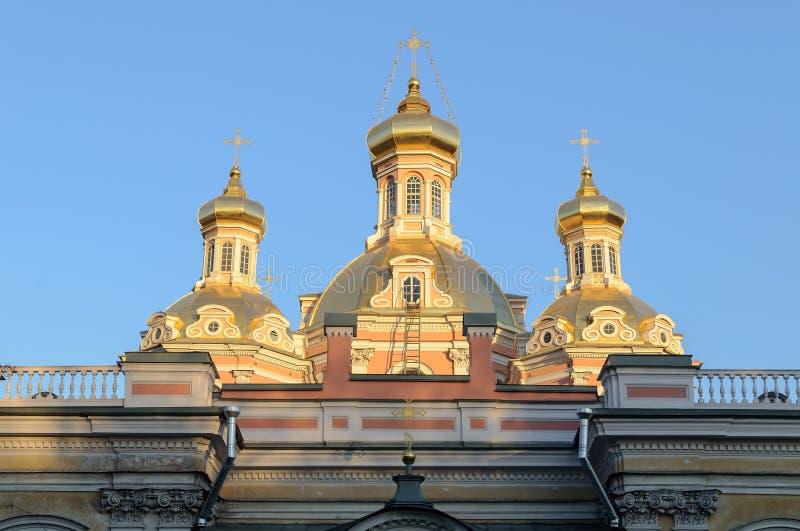 Heilige Dwarskozakkathedraal in St. Petersburg stock afbeelding
