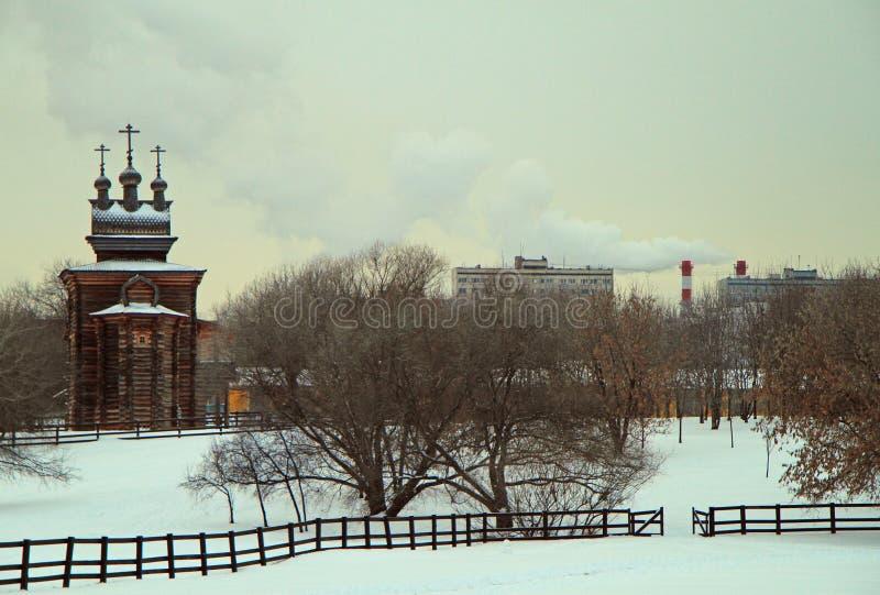 Heilige George Church in vroeger koninklijk landgoed Kolomenskoye stock foto