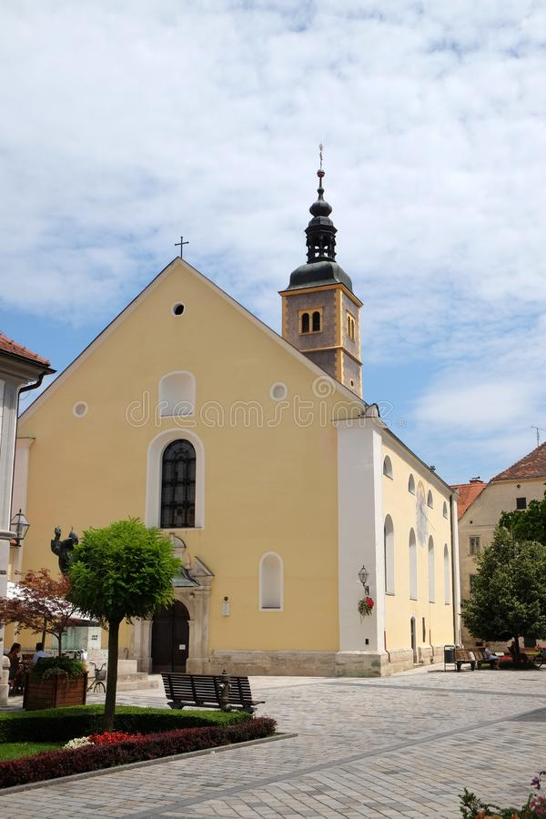 Heilige John de Doopsgezinde kerk in Varazdin, Kroatië royalty-vrije stock foto