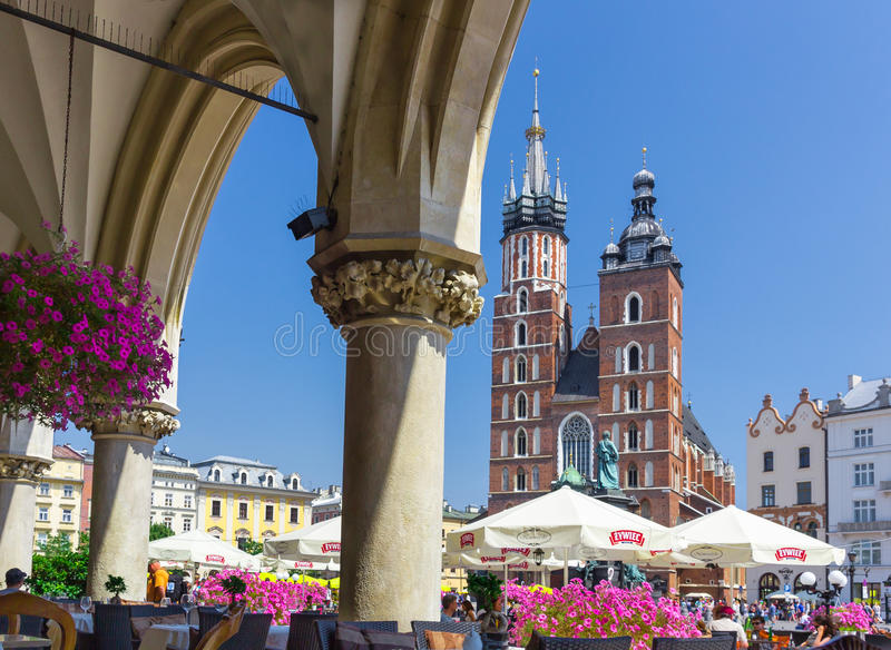 Heilige Mary s basiliek-Mariacki kerk-Krakau, Polen stock fotografie