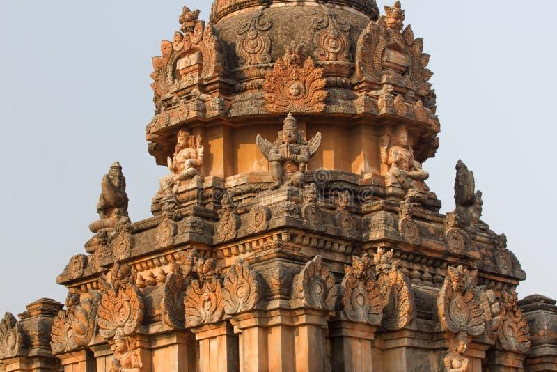 Heilige Monumente in heiliger Hampi-Stadt Steintempel der königlichen Dynastie lizenzfreie stockfotografie