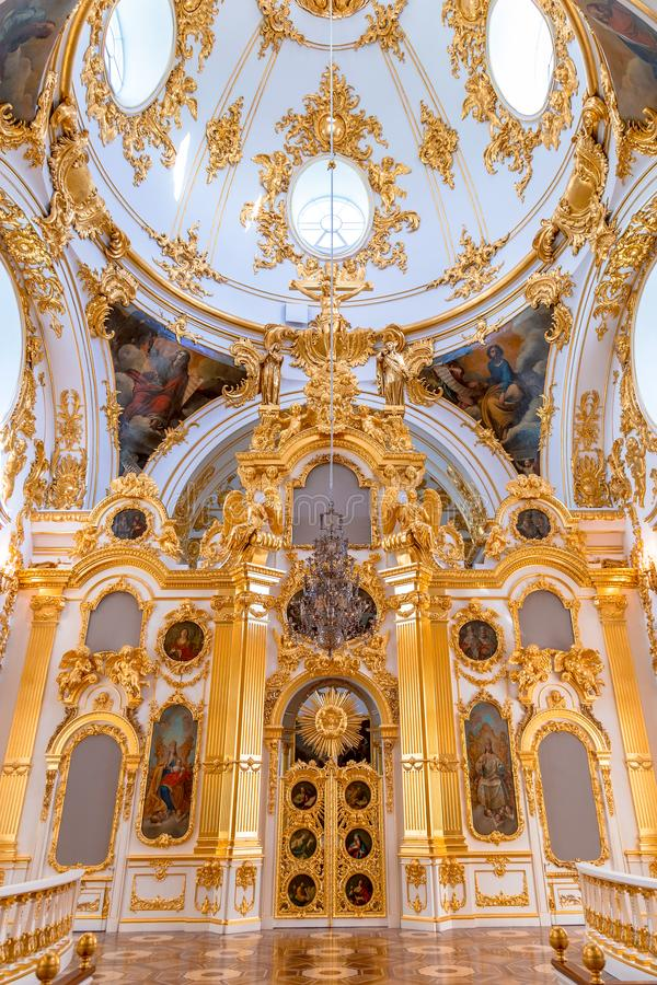 Heilige Petersburg, Rusland - Mei 12, 2017: Het binnenland van het Paleis van de de Kluiswinter van de Staat in St. Petersburg, K stock foto