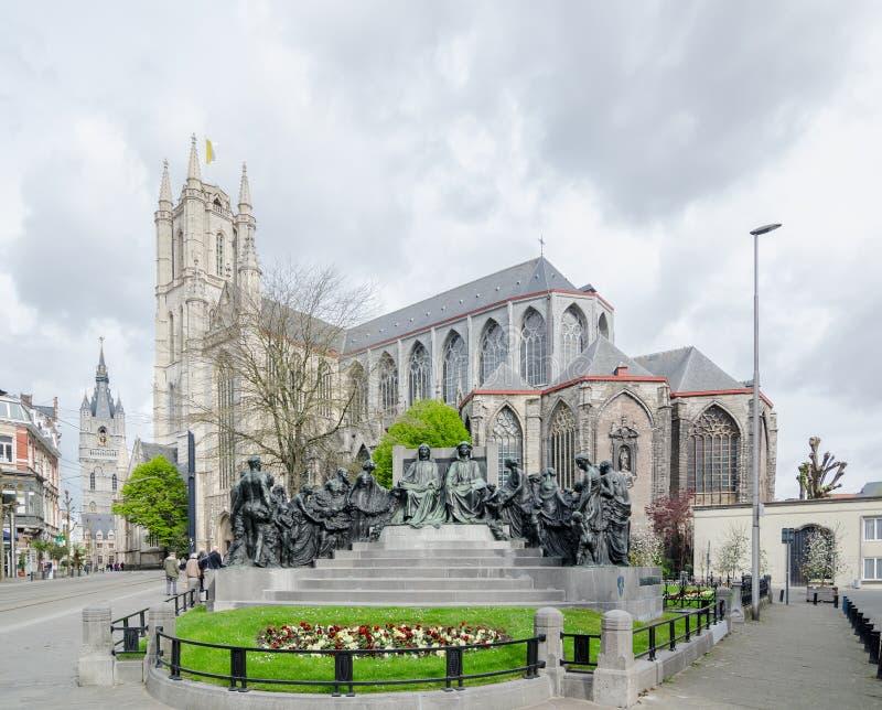 Heiliges Bavo Cathedral von J Van Eyck Square ist eine gotische Kathedrale in Gent lizenzfreie stockbilder