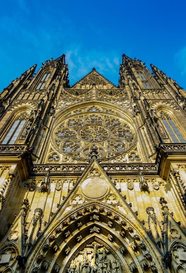 Heiliges Vitus Kathedralenfront lizenzfreie stockfotos