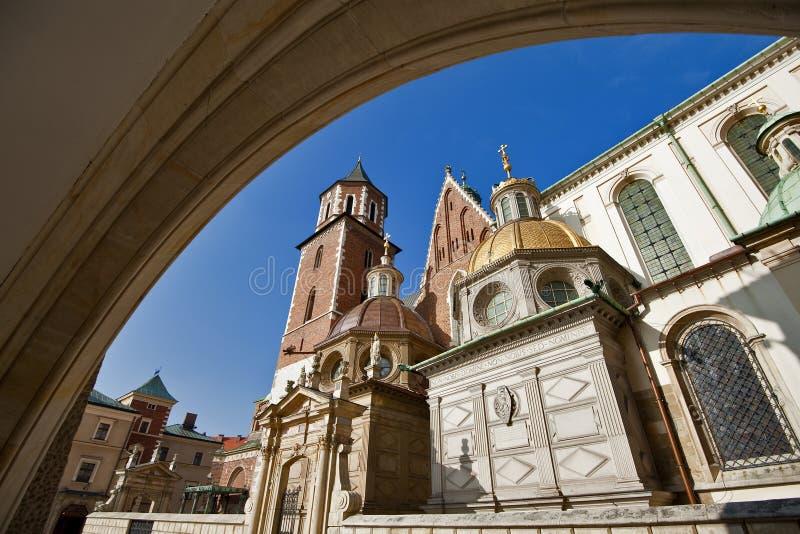 Heiligesstanislas-Kathedrale am Wawel Schloss, Krakau stockbild