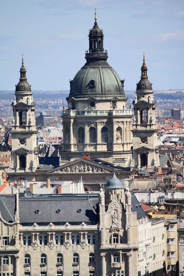 Heiligesstephen-Basilika in Budapest stockbilder