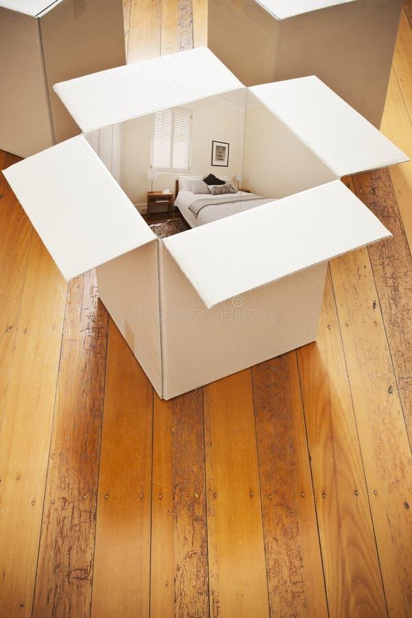 Heimwerken in einem Kasten lizenzfreies stockfoto