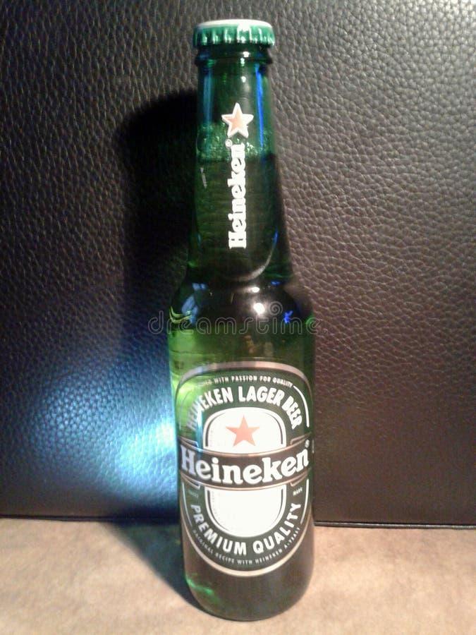 Download Heineken-bier redactionele fotografie. Afbeelding bestaande uit hoofdkwartier - 114225052