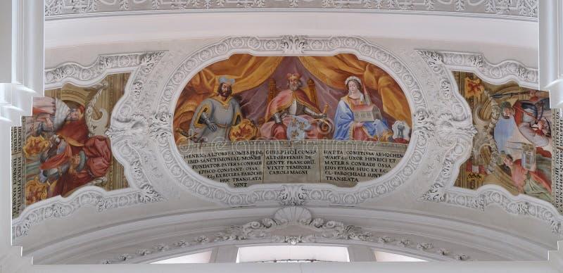 Heinrich, compte de fresque d'Altdorf, de Welf I, d'Ata von Hohenwart dans la basilique de St Martin et d'Oswald dans Weingarten, photographie stock libre de droits