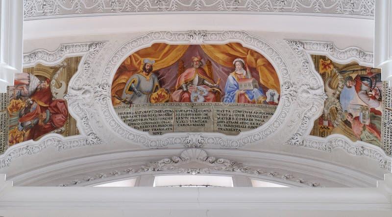 Heinrich, compte de fresque d'Altdorf, de Welf I, d'Ata von Hohenwart dans la basilique de St Martin et d'Oswald dans Weingarten, photographie stock