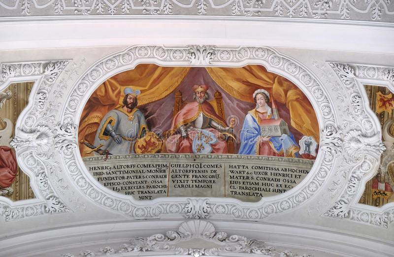 Heinrich, contagem do fresco de Altdorf, de Welf I, de Ata von Hohenwart na bas?lica de St Martin e do Oswald em Weingarten, Alem foto de stock