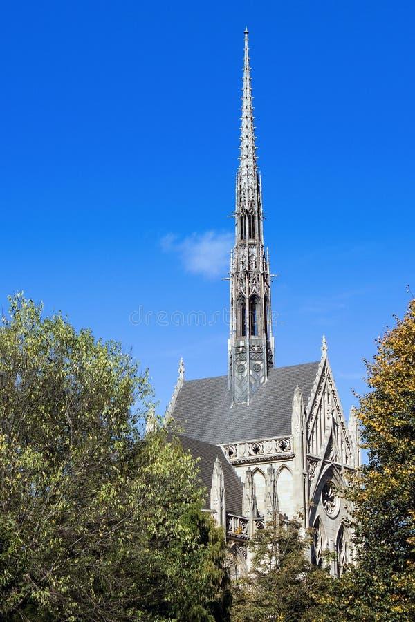 Heinz Chapel Through Trees royalty-vrije stock fotografie