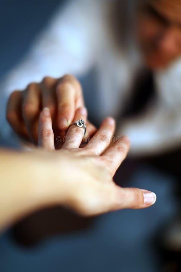 Heiraten Sie mich? lizenzfreie stockfotos