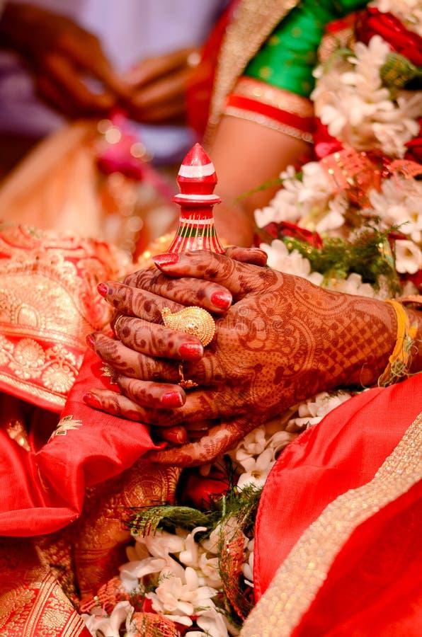 Heiratendes Bengali stockbild