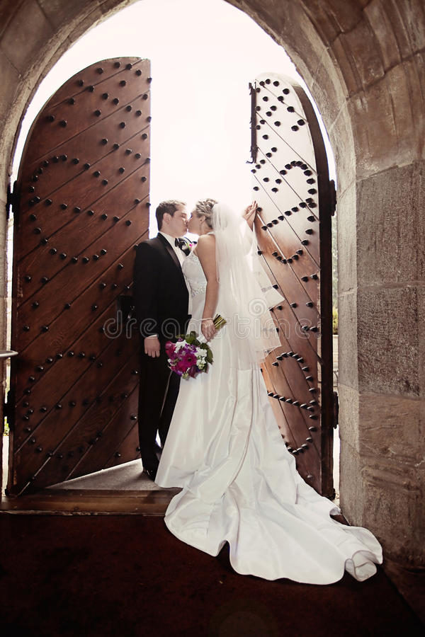 Heiratskuß stockfotos