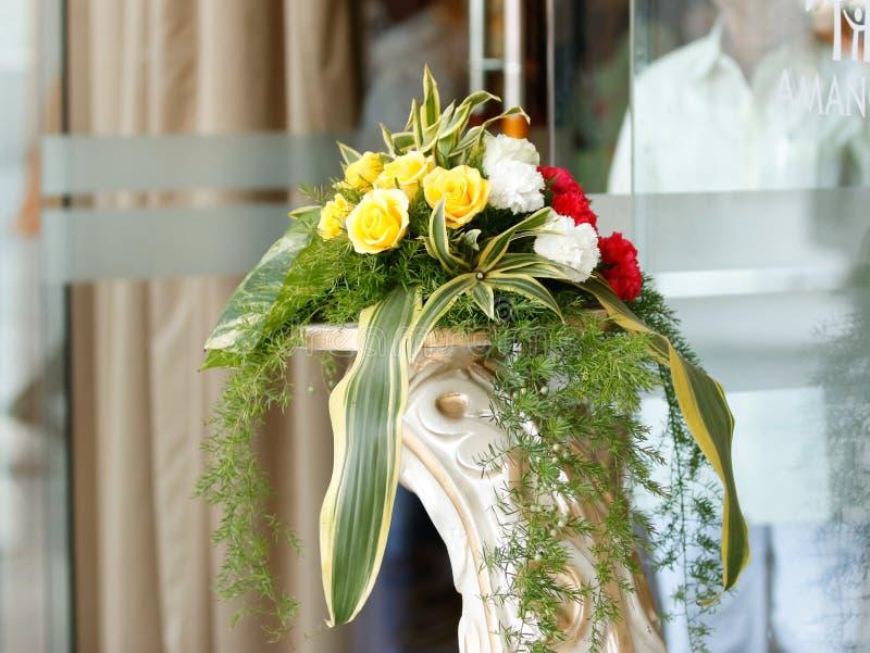 Heiratsstadium von Blumen entwerfen stockbilder