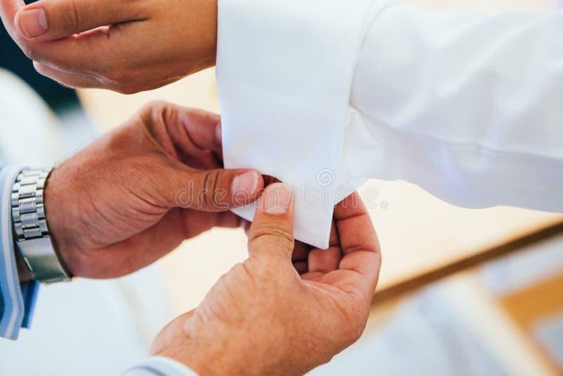 Heiratszusätze für Bräutigam u. Bräutigammänner lizenzfreie stockbilder