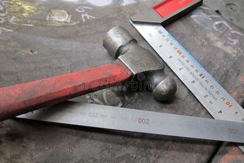 Heizung des Metalls für das Aufbereiten lizenzfreies stockbild