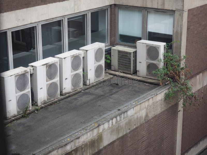 Heizungsbelüftung und Klimaanlagengerät stockbild